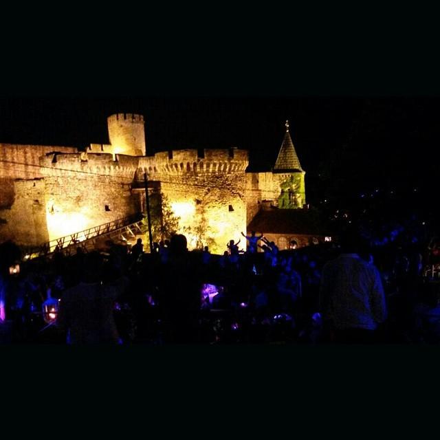 belgrado fort party