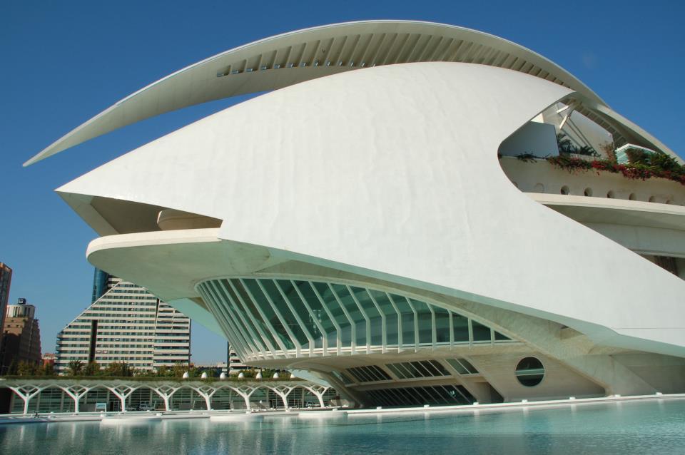 De imponaste gebouwen van Ciudad de las Artes