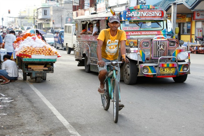 02 Jeepney