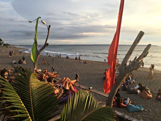 6. Pantai Batubelig