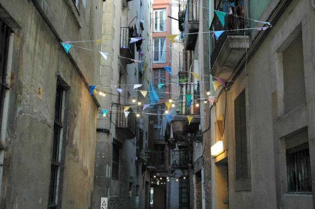 Straatje El Born tijdens stedentrip naar Barcelona