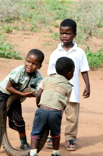 kids tijdens vrijwilligerswerk in Malawi