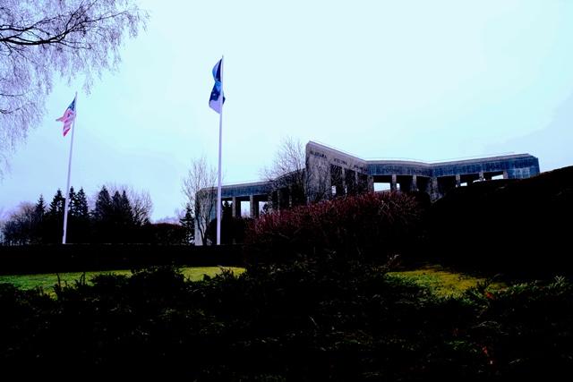 Het Mardosson Monument Bastogne