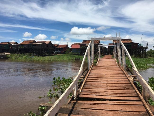 2-cambodja-kampong-khleang