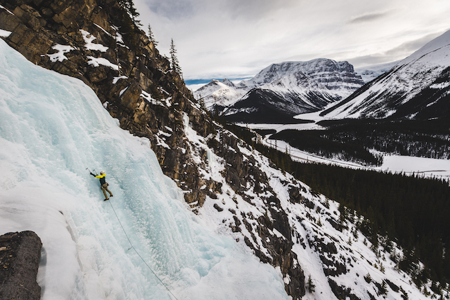 Ice climbing tijdens je wintersport in Canada