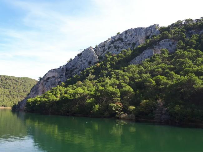 Maak per boot je entree bij Krka Watervallen