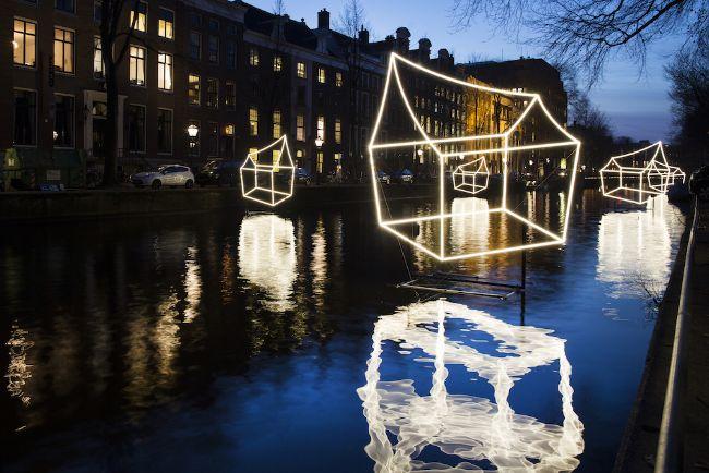 Amsterdam Light Festival verlichte huisjes