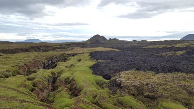 Oude en nieuwe lava bij Leirhnjúkur