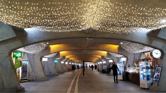 Bekijk Bahnhof Stadelhofen